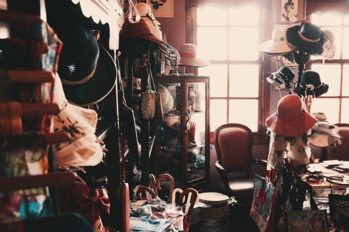 【完全保存版】桐たんす不要!圧倒的に簡単な着物収納方法